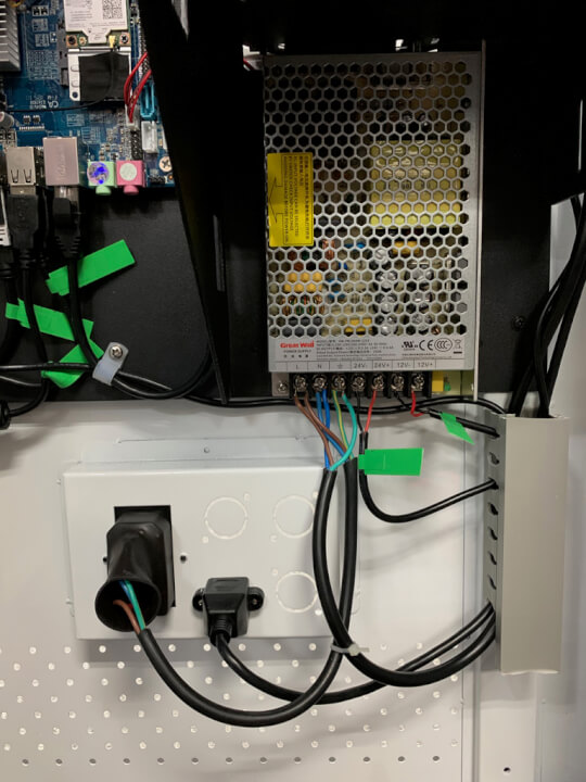Use of a proper Power Supply increases safty and allows us to extend the life of each component.